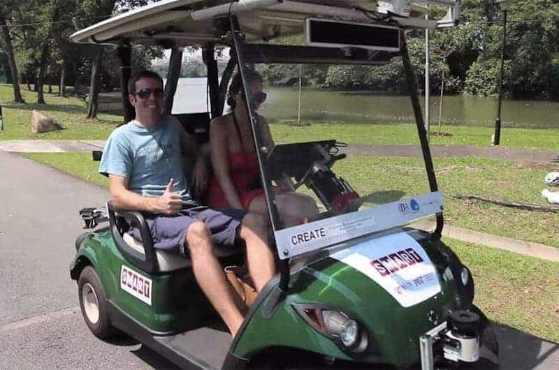 <span class='p-name'>Self-Driving Golf Carts Launched in Singapore</span>