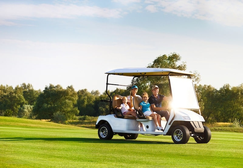 Gas Powered Golf Carts Vs. Electric Golf Carts: What's the Difference?