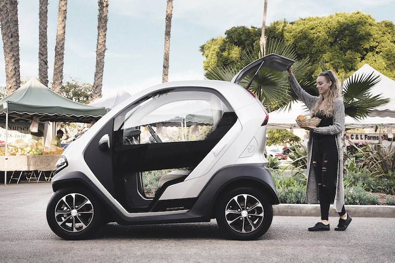 <span class='p-name'>5 Stunning Luxury Golf Carts for Those With Expensive Tastes</span>