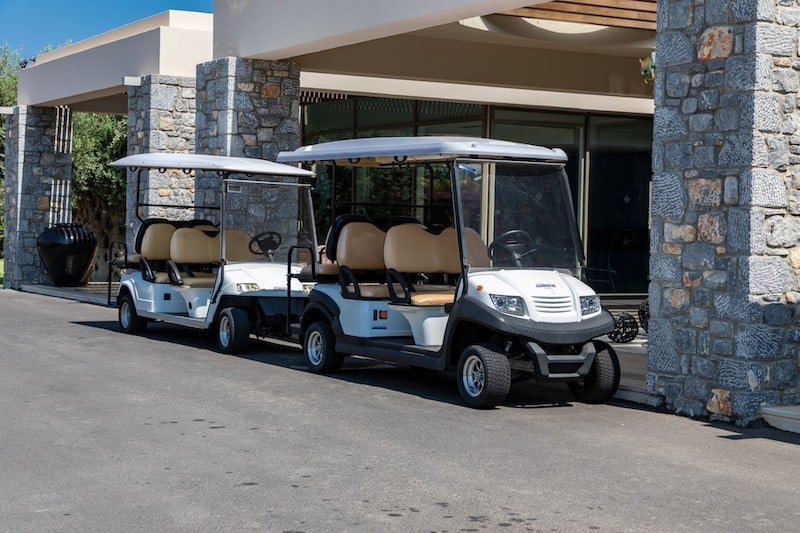 <span class='p-name'>5 Types of Businesses That Significantly Benefit From a Golf Cart</span>